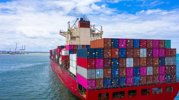 container-cargo-ship-carrying-container-business-freight-import-export_35024-673